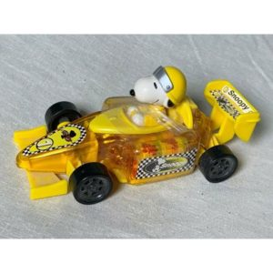 UFS Peanuts Snoopy Formula One Car w Gallerie candy sealed – Free Shipping!