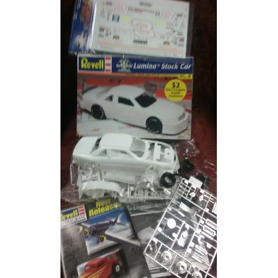 1/24 scale Revell Chevy Lumina Stock Car with (slixx) Dale Sr. decals