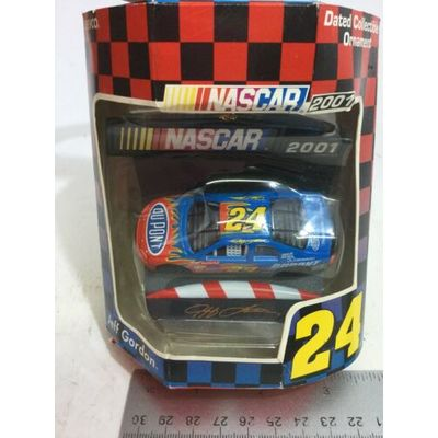 2001 DATED NASCAR JEFF GORDON #24 COLLECTIBLE CHRISTMAS ORNAMENT