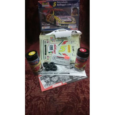 1/24 scale Revell/ Monogram Terry Labonte Monte Carlo with paint