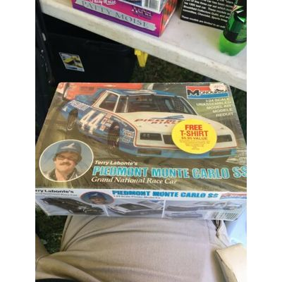 #44 Terry Labonte PIEDMONT AIRLINES Monte Carlo SS 1/24 MONOGRAM Factory Sealed