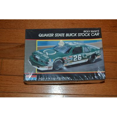 MONOGRAM RICKY RUDD #26 QUAKER STATE BUICK STOCK CAR 1:24 SCALE FACTORY SEALED