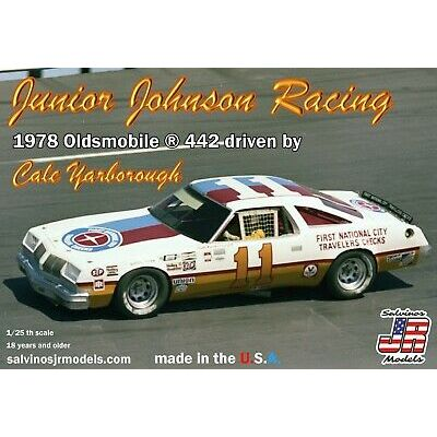 Salvino JR Junior Johnson 1978 Oldsmobile 442 Cale Yarborough plastic model 1/24