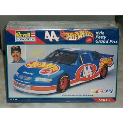 Revell 1/24 Scale #44 Kyle Petty Grand Prix NASCAR Racer – Factory Sealed