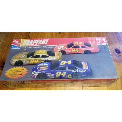 AMT/ERTL McDONALD'S RACING TEAM COLLECTOR SET SNAPFAST MODEL KIT -Factory Sealed