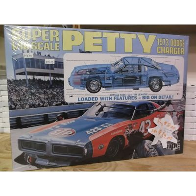 MPC SUPER PETTY 1973 DODGE CHARGER 1:16  FACTORY SEALED
