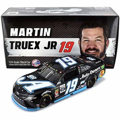 Lionel Racing Officially Licensed NASCAR Martin Truex Jr HO Auto Owners 500Th Start 2019 Toyota Camry 1:24 Scale Diecast Car